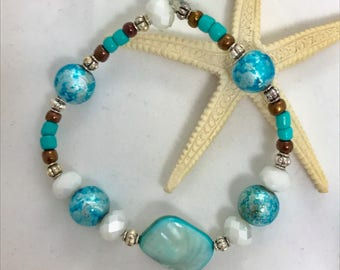 Seashells By The Seashore Beaded Bracelet