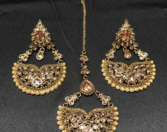 Kundan Earrings and Tikka Set - Antique Gold - Mehendi Polish - Indian Jewelry - Kundan Jewelry - Bollywood Jewelry - Pakistani Jewelry -