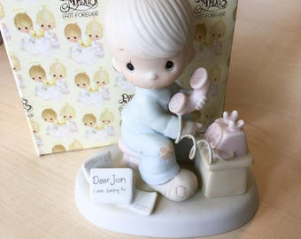 Vintage Precious Moments Hello Lord, It's Me Again Figurine Special Edition for Members of The Precious Moments Collectors Club PM-811
