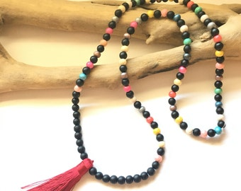 Bordeaux tassel Mala necklace / boho necklace Natural zen stone lass brown wood beads tassel Bohemian black