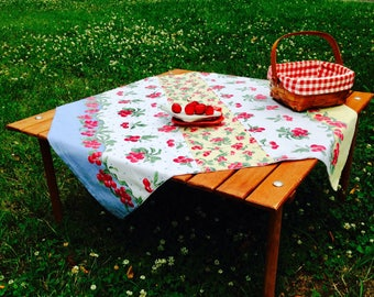 Exceptional Picnic Tablecloth   Crate U0026 Barrel Table In A Bag   Cafe Cloth   Cherries