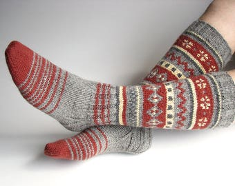 EU Size 40-42 - High Knee Hand Knitted Fair Isle Socks - 100% Natural Wool - Warm Autumn Winter Clothing