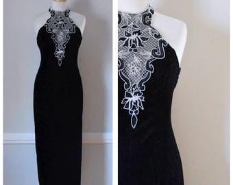 Vintage Dress / 90s Dress / Velvet Dress / Black Velvet Dress / Party Dress / Evening Dress / Formal Dress / Halter Dress / Size Small