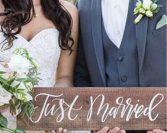 Just Married Sign, Rustic Wedding Signs, Photo Prop Sign, Rustic Farmhouse Home Decor, Wood Wedding Sign
