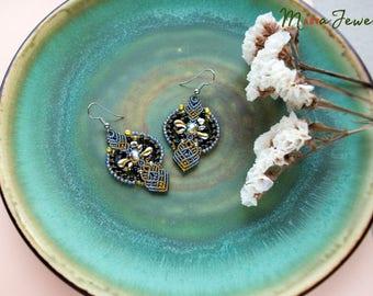 Macrame earrings, bohemian earrings, flower, beaded, unique jewelry, beadwork, floral, bronze gray black, elegant, special gift for her