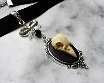 choker faux skull crow ivory 3d cameo silver raven bird taxidermy replica resin anatomy animal gothic pagan occult macabre witch witchcraft