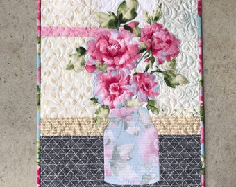 Grace / Mason Jar / Quilted Wall Hanging / Pattern / Focus Fabric Kit / Fusible Applique / #usebothsides / Quilt Patterns / Flowers
