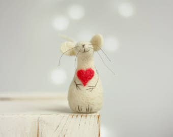 Needle Felted Mouse - Needle Felt Mouse With A Red Heart - Gift Idea - Mouse Elf - Art Doll - Needle Felt Animals - Spring Home Decor