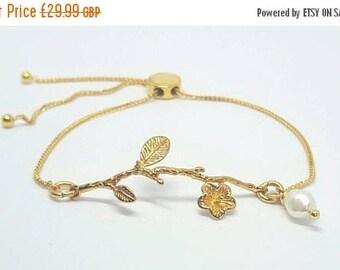 Gold vermeil and freshwater cultured pearl slider bracelet - Stacker bracelet - Dainty bracelet - Gifts for her - adjustable bracelet