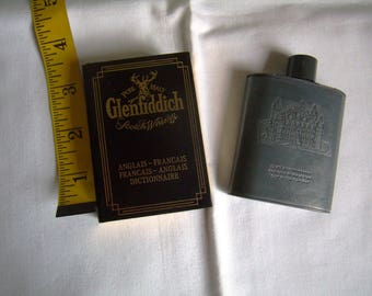 Vintage small flaccid whisky Clan Campbell, pewter and Glenfiddich dictionary