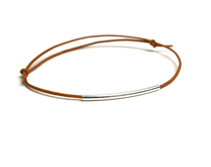 Adjustable bracelet tube graphic smooth silver plated brass beige natural leather