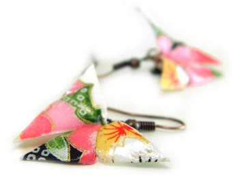 Origami earring Cancan