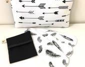 Cloth menstrual pads. Black and white pack x1 Wet bag x1 Heavy x1 Regular x1 Light panty liner. Natural Girl.
