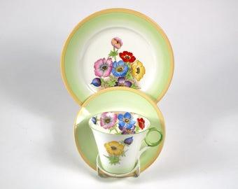 1930s Shelley Regent shape anemones pattern porcelain trio. 3 pieces tea cup, saucer and plate