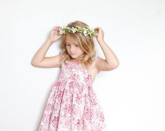 Girls Spring Dress: flower dress. pink dress