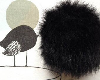 POMPOM IMITATION fur black - white horse