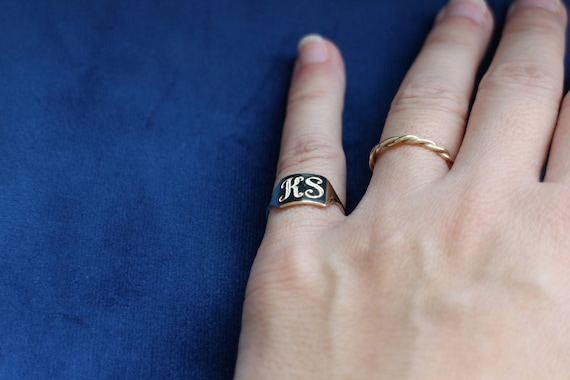 Pinky Ring woman Gold Signet Ring Pinky Signet Ring Initial