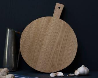 Orbi Oak Pizza Serving Board by Konk!  - Round Chopping Board