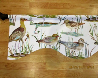 Shaped Duck Valance / Custom Boutique Window treatment Curtain / Bathroom, Bedroom, Living room, Sun room