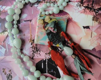 """Asian way"" Jade, mother of Pearl necklace, resin and sari Silk Ribbon"
