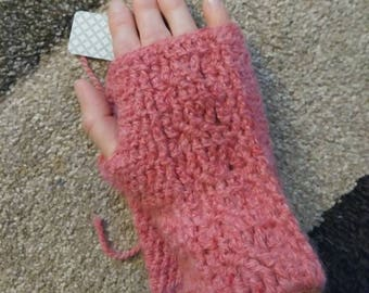 Crochet Cabled Wrist Warmers