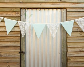 Handmade Bunting - Mint Cotton & Lace 2m length
