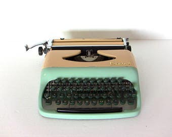 Turquoise Baby Blue Consul Typewriter Small Portable Working Qwerty Keyboard, Metal, New Ribbon, Consul Drip Shape