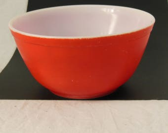 Pyrex Primary Red Vintage Bowl Mid Century Glass Bowl  1-1/4 Qt.