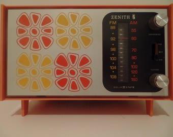 Zenith E 412V  Broadcast Receiver/Radio 1973