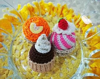 Crocheted cupcake amigurumi
