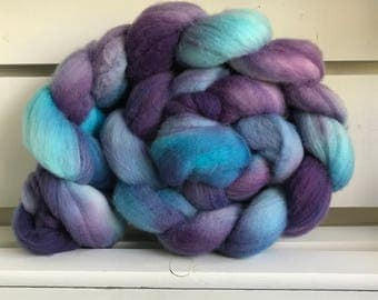 Super Wash Merino Roving - Spinning Fiber - Grapes by the Sea - Free Shipping
