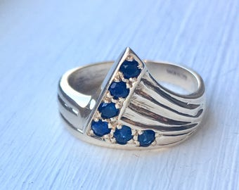 10k yellow gold natural blue sapphire ring