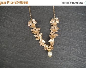 Sale Orchid Pearl Necklace Wedding Necklace Bridesmaid Orchid Necklace Orchid Cascade Jewelry Bridesmaid Gift Delicate Necklace Gift Ideas