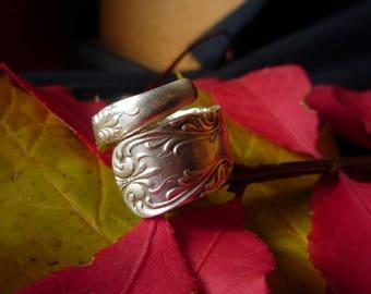 "1847 ""Portland"" Pattern Ring - Handmade Vintage"