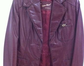 ON SALE Vintage Etienne Aigner Leather Jacket. Size 6