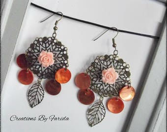 Bronze metal earrings with a stamp and 4 orange mother of Pearl sequins