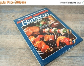 CLEARANCE SALE Vintage Better Homes and Gardens Barbecue Book / Retro Cookbook / Mid Century Kitchen Decor / Carnivore / Vintage Recipe Book