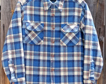 Vintage 1980s Blue Pendleton Wool Button Up Mens Shirt