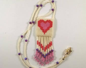 Beaded Heart Peyote Pouch Necklace, Valentine Necklace, Small Amulet Bag, Native American Art Style Jewelry, Cream, Pink, Red Heart Design