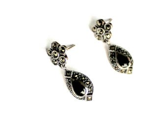 Vintage Sterling silver marcasite and onyx dangle earrings