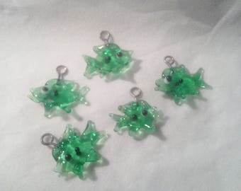 Charms - Set of 5 Green fish - 4 026
