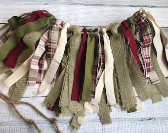 CHRISTMAS RUSTIC RAG Tie Garland Banner,Photo Prop,Home Decor,Wall Decor,Burlap Garland,Christmas,Christmas Decor,Mantle Fireplace Decor