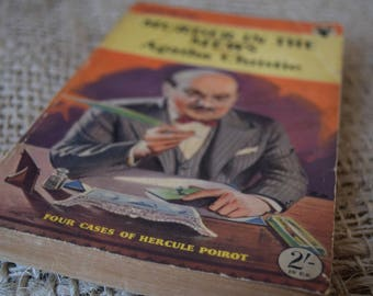 Murder in the Mews. Agatha Christie. Hercule Poirot. A Vintage Paperback Book. Pan Books. 303. 1954