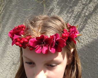 flowers and artificial red berries head wreath