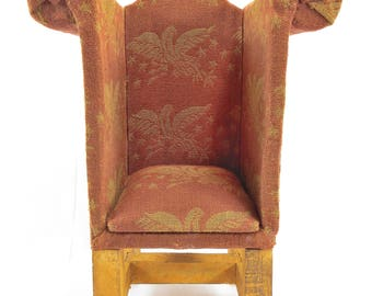 Decorative Tiny Upholstered Chair – Dollhouse Furniture – Miniature Chair