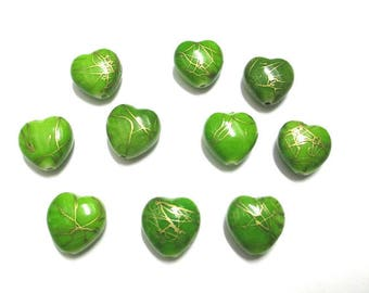 10 heart green drawbench gold 15mm acrylic beads
