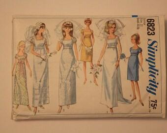 Vintage Simplicity patten # 6823 Wedding Dress from 1966 size 11 JR