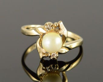 10k 6mm Pearl Diamond Ring Gold