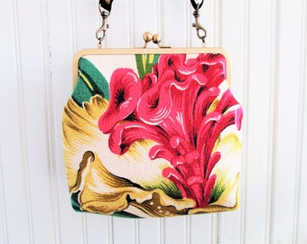 "Pink Celosia Flower with Yellow and Green Leaves on White Ground Vintage Barkcloth Fabric 8"" Antique Brass Kisslock Frame Crossbody Shuolder"
