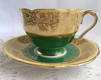 Aynsley Bone China Tea Cup and Saucer, Green and Cream with Gold Gilding and Trim, 1934-39